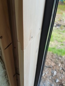 skarv i trapphusfönster